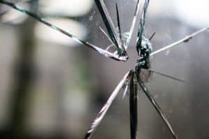 Glasstür Gefahr Kinder