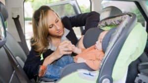 baby kindersitz auto rückwärts