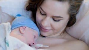 Schluckauf Neugeborenes