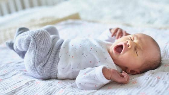 Schluckauf bei Neugeborenem